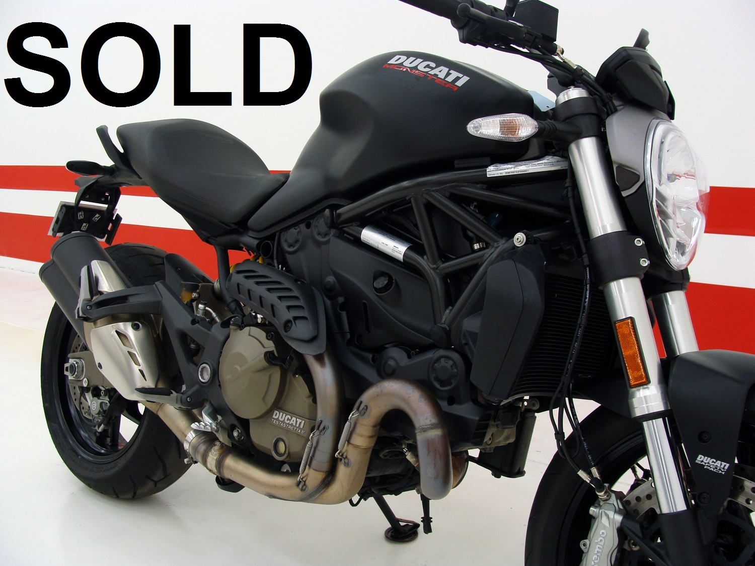 Ducati Monster 821 DARK (ABS)