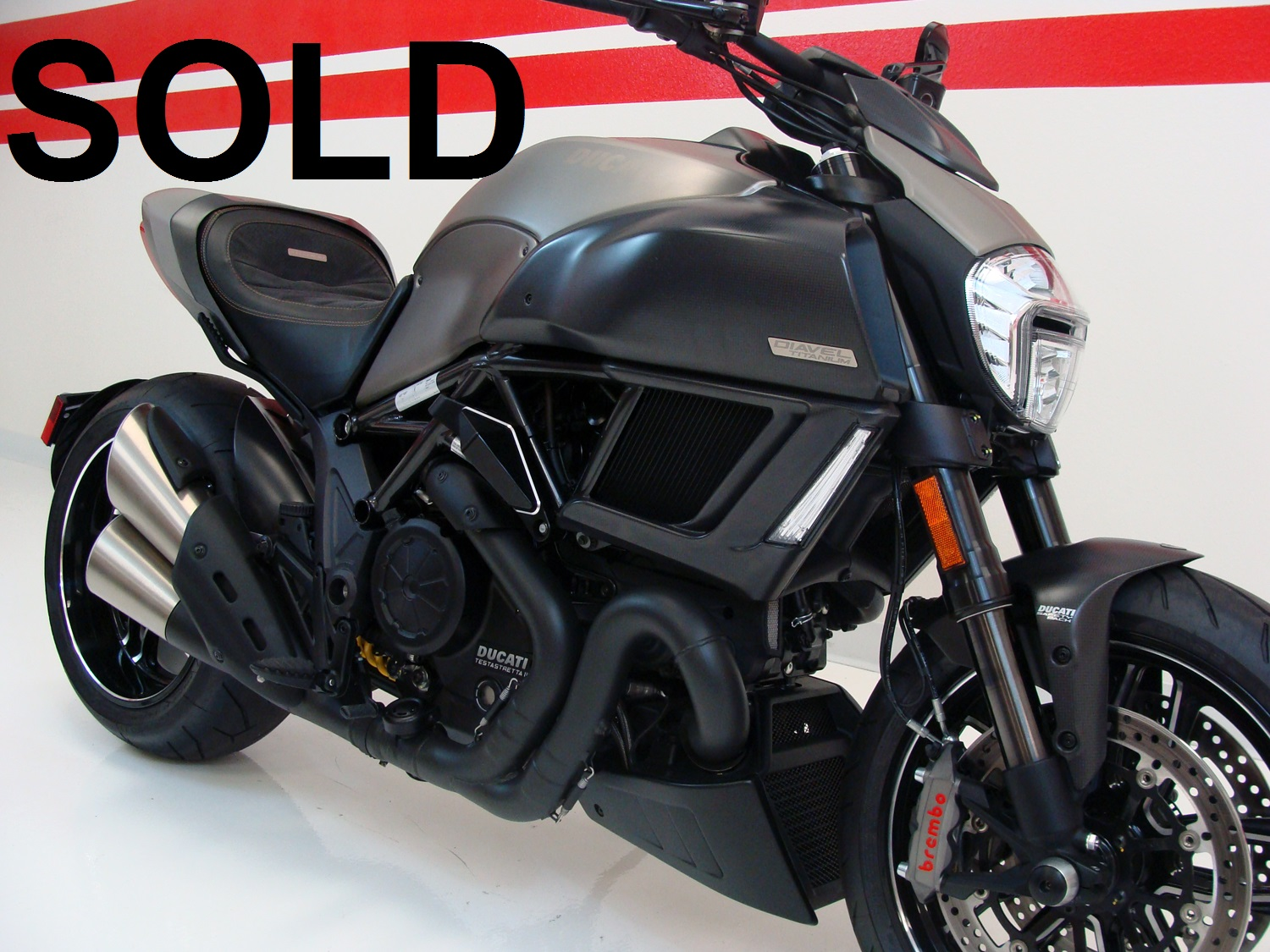 Ducati Diavel Titanium LIMITED EDITION - No 245 of 500 made