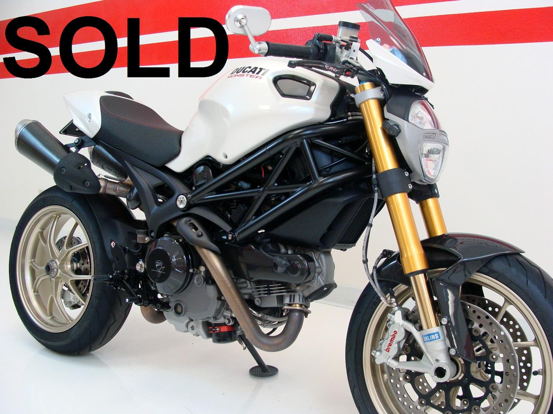 Ducati Monster 1100 S CUSTOM