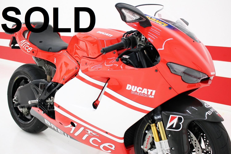 2008 Ducati Desmosedici RR (581/1500)